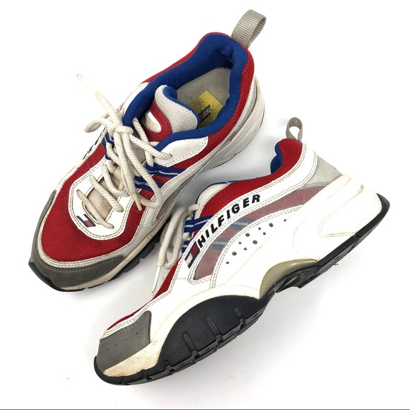 f20fe3f8c24c Tommy Hilfiger Vintage Logo Spell Out Dad Sneakers.  M 5c1315e79fe4860c96b62199